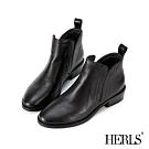 HERLS短靴-荔枝紋牛皮側V口鬆緊橢圓頭粗跟短靴-黑色