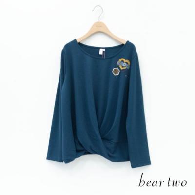 bear two- 俏皮穿心愛心刺繡上衣 - 綠