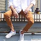 onizi彈力割破窄管休閒褲-男-駝色