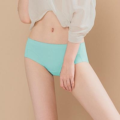 無痕透氣超健康竹炭包臀中腰M-XL內褲 怦然心動 可蘭霓Clany