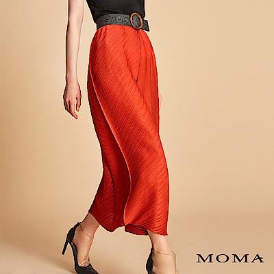 MOMA 斜紋壓褶裙