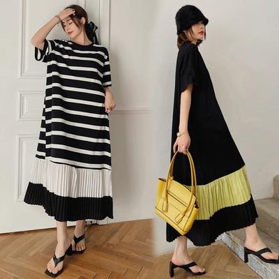 MOCO圓領黑白條紋拼接下擺雪紡百摺裙擺棉質長版連身洋裝L~4XL