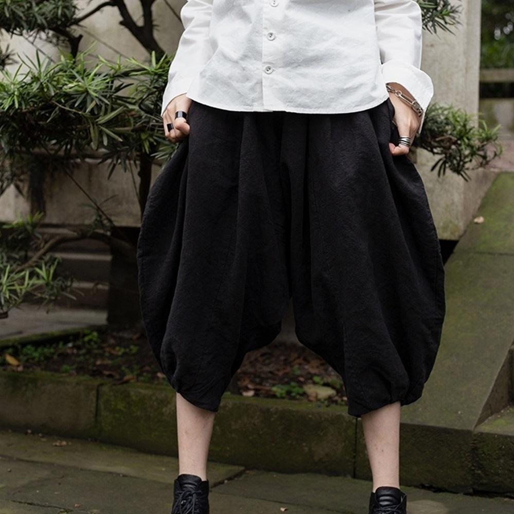 設計所在Style-暗黑日系圓弧麻料休閒七分哈倫褲
