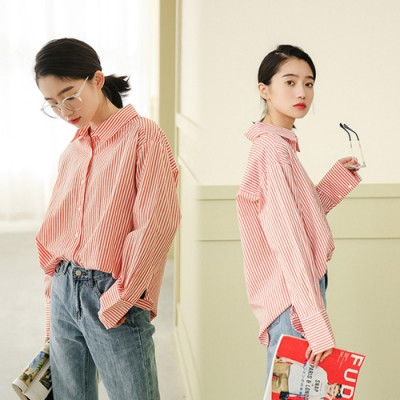 【韓國K.W.】(預購)都會女孩休閒條紋襯衫-1色