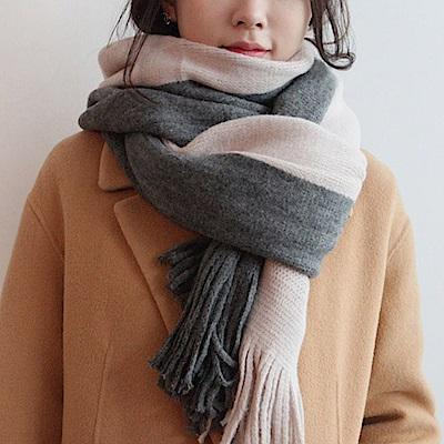 梨花HaNA 韓國極簡中性撞色溫柔手感毛織圍巾