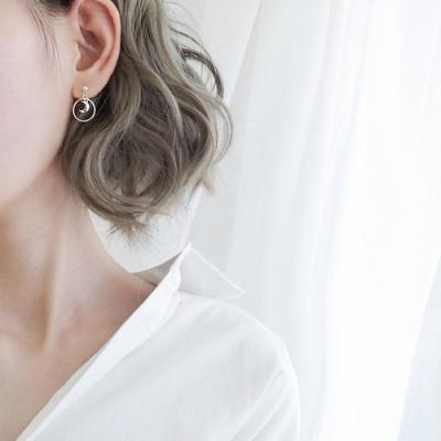 梨花HaNA 韓國925銀月之夢幻迷你耳環