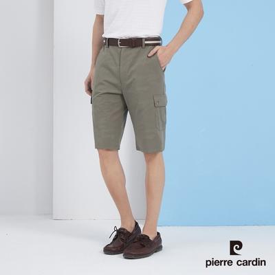 Pierre Cardin皮爾卡登  男裝 平口鬆緊側貼袋休閒短褲-橄綠色(5217962-47)