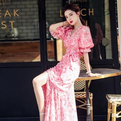 粉色優雅V領腰綁帶不規則荷擺裙洋裝S-XL-Sexy Devil