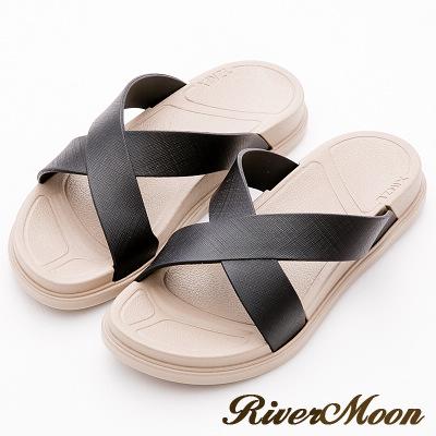 River&Moon拖鞋-寬版交叉Q軟輕量防水羅馬休閒拖鞋-黑