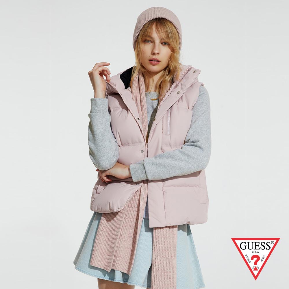 GUESS-女裝-極簡保暖羽絨連帽背心-粉紅 原價8290