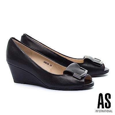 高跟鞋 AS 金屬風反折皮帶釦飾羊皮魚口楔型高跟鞋-黑