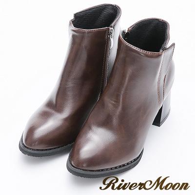 River&Moon短靴-側邊造型微尖頭粗跟短靴-咖啡