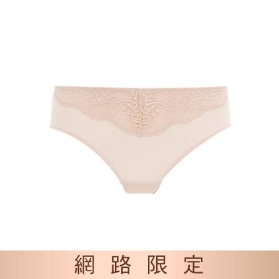 黛安芬-時尚嚴選系列 中腰三角內褲 M-EL 淺膚色