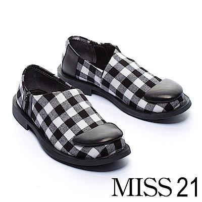 低跟鞋 MISS 21 復古俏皮黑白格紋方頭低跟鞋 -黑白格紋