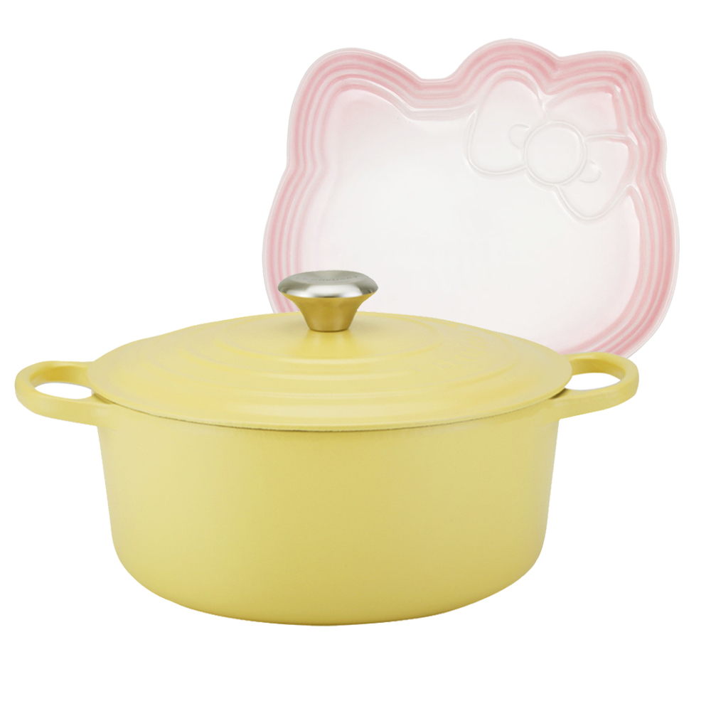 LE CREUSET 琺瑯鑄鐵典藏圓鍋26cm(含羞草黃)+Hello Kitty造型盤