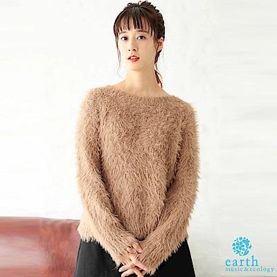 earth music 毛絨絨溫暖蓬鬆針織上衣