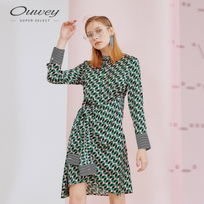 OUWEY歐薇 俏麗幾何印花綁帶小立領洋裝(綠)