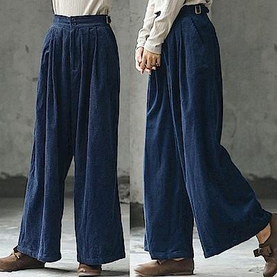 休閒褲-小凹凸肌理粗條燈蕊絨寬管長褲-設計所在
