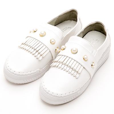 River&Moon中大尺碼-韓版超軟縫線珍珠流蘇厚底休閒鞋-白