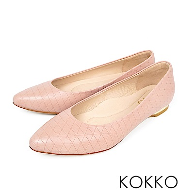 KOKKO - 經典彎折尖頭菱格壓紋羊皮平底鞋 - 柔美粉