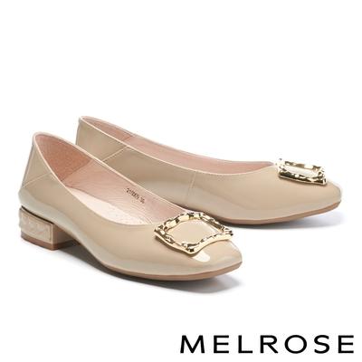 低跟鞋 MELROSE 復古質感金屬方釦全真皮方頭低跟鞋-杏