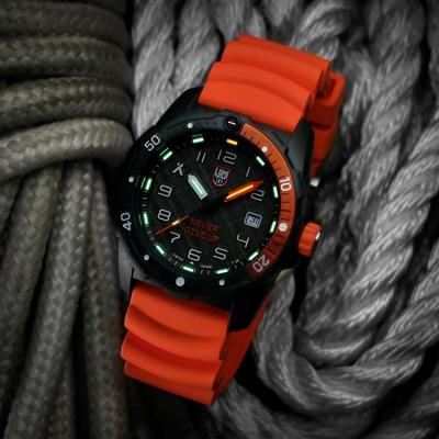 LUMINOX 雷明時Bear Grylls Survival 貝爾荒野求生系列腕錶 – 3729.NGU