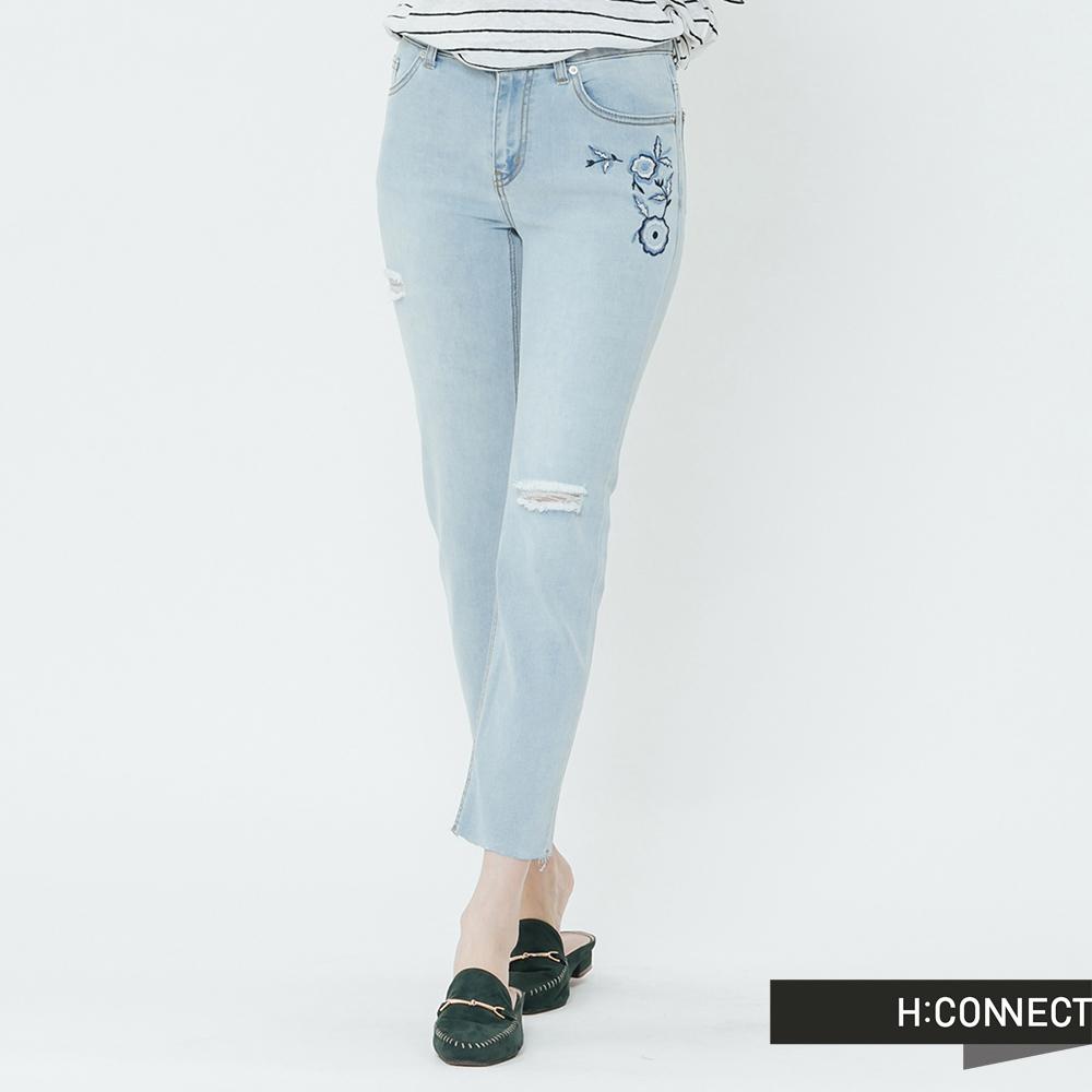 H:CONNECT 韓國品牌 女裝-磨破繡花牛仔褲-藍