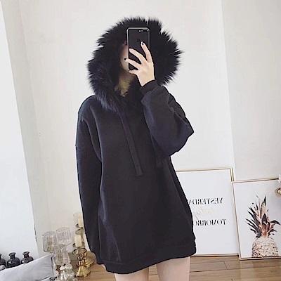 La Belleza黑色毛毛滾邊連帽抽繩內裡加絨保暖刷毛長版帽T