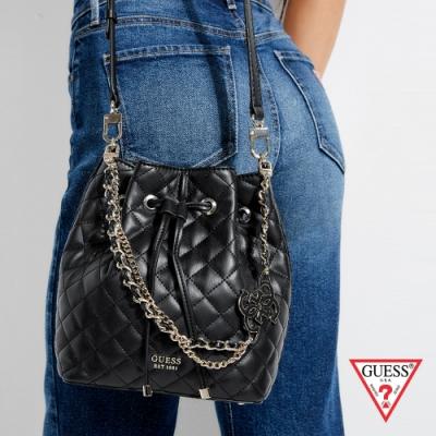 GUESS-女包-時尚菱格壓紋水桶包-黑