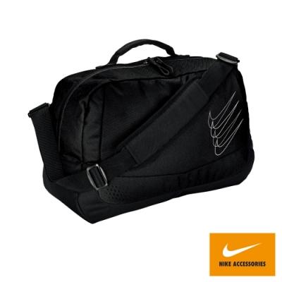 NIKE 大型運動斜背包 行李袋 運動休閒 斜背包 健身 重訓 黑 NIKE RUN MINIMAL N0003569072NS