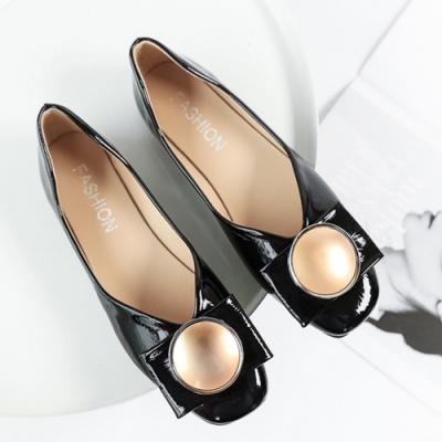 KEITH-WILL時尚鞋館 柔美愛戀金屬飾品平底鞋 黑