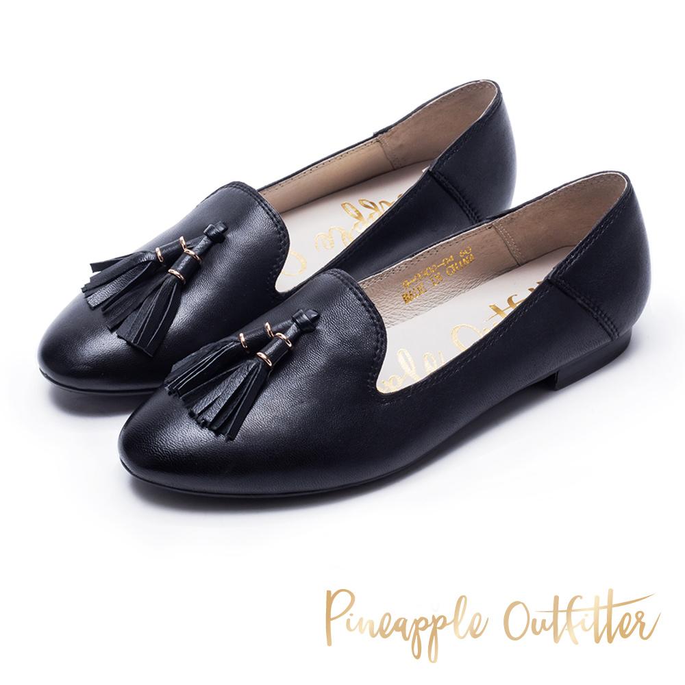 Pineapple Outfitter 質感皮革流蘇樂福平底鞋-黑色