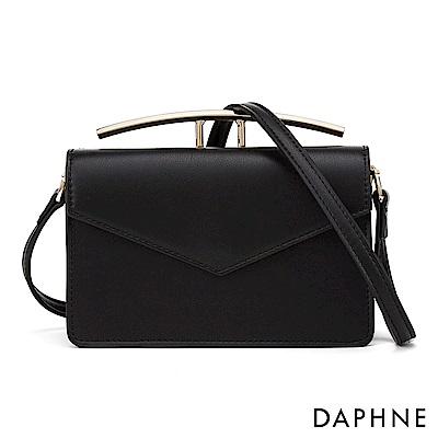 達芙妮DAPHNE-質感金屬造型手提知性信封小方包-黑色