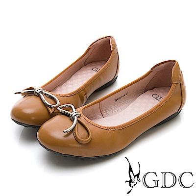 GDC-真皮基本款蝴蝶結圓頭鬆緊平底舒飾包鞋-土黃色