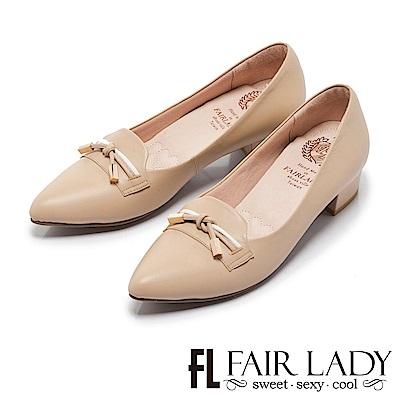 Fair Lady Cube Chic塊時尚 百搭蝴蝶結飾尖頭粗跟鞋 卡其