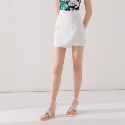 AIR SPACE 下擺不規則素面短裙(白)