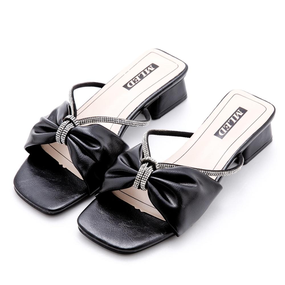 River&Moon涼鞋 寬版軟皮朵結鍊鑽方頭低跟拖鞋 黑