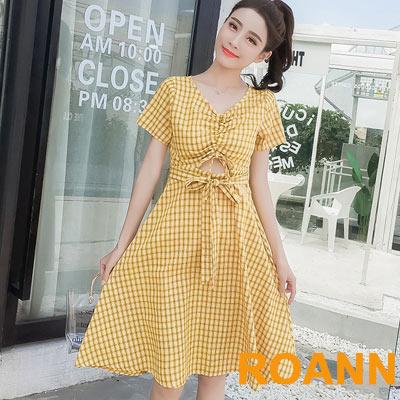 小心機V領前縷空格紋短袖洋裝 (共二色)-ROANN