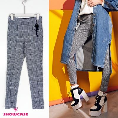 【SHOWCASE】經典條格紋鬆緊腰吊飾西裝褲-黑