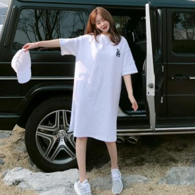 La BellezaLA字母背部WE WANT GO側開叉長版棉T洋裝