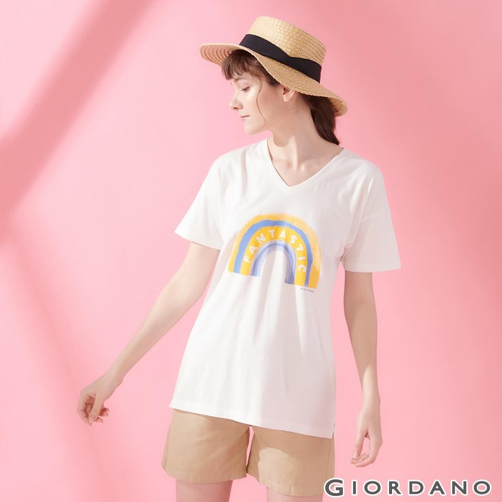 GIORDANO 女裝V領寬版印花短袖T恤- 16 皎雪