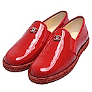 CHANEL 經典雙C LOGO綴飾漆皮草編樂福鞋(紅)
