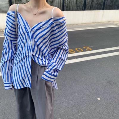 La Belleza條紋可露肩拼接肩帶粗條紋開釦襯衫