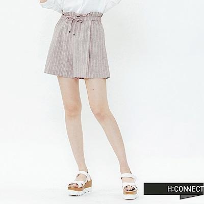 H:CONNECT 韓國品牌 女裝-鬆緊條紋棉麻短褲-卡其