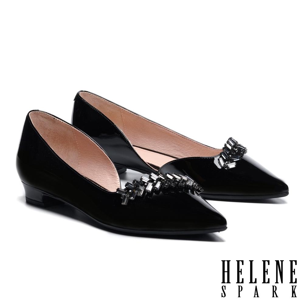 低跟鞋 HELENE SPARK 氣質高雅方型晶鑽造型尖頭低跟鞋-黑