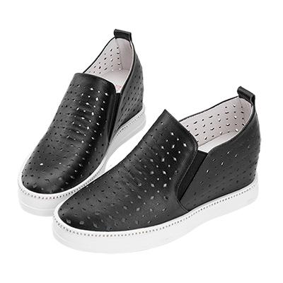 Robinlo 經典幾何沖孔側邊鑲鑽內增高休閒鞋 黑