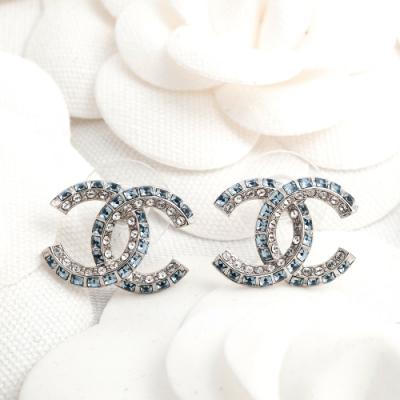 CHANEL 經典水藍方鑽雙色雙C LOGO水鑽穿式耳環  (銀色)