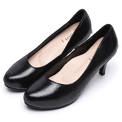 DIANA 素雅美人--真羊皮純色乾淨高跟鞋-黑