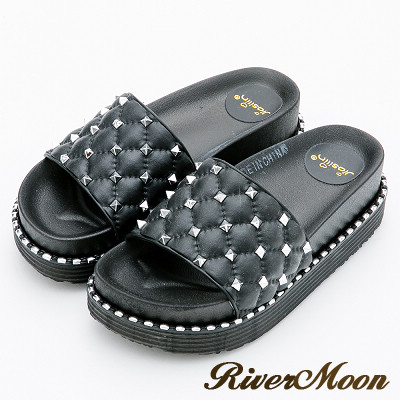 River&Moon拖鞋-菱格寬版鉚釘厚底防水拖鞋-黑
