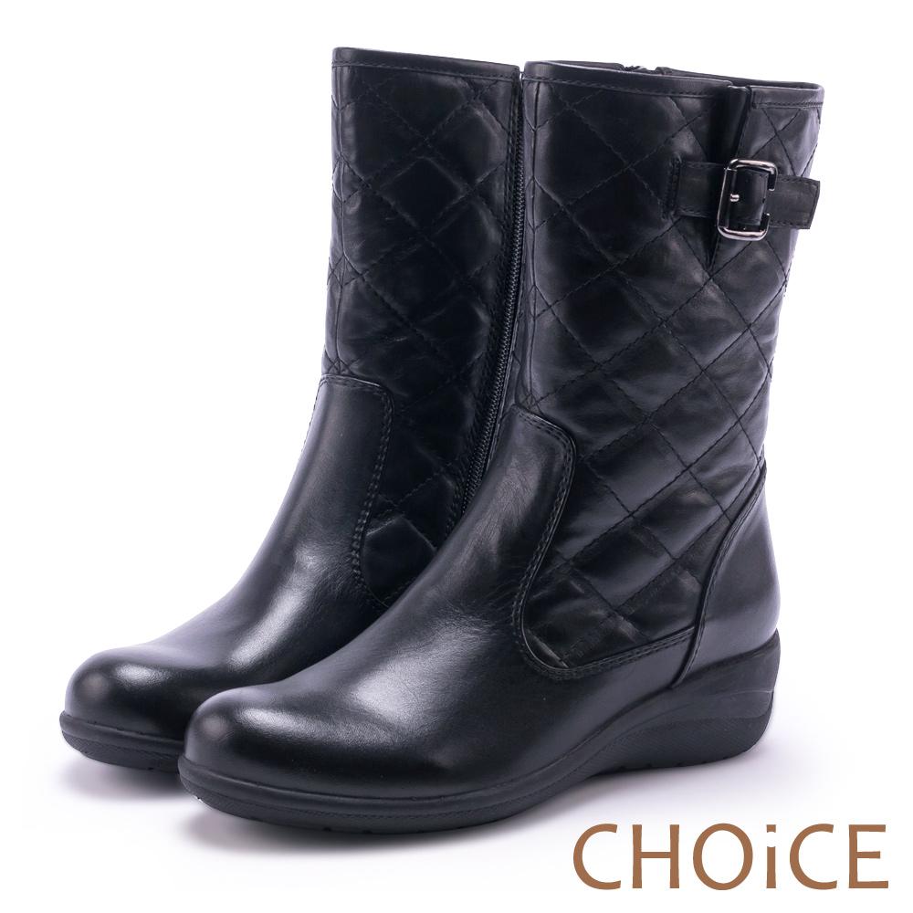 CHOiCE 個性復古 牛皮菱格紋造型縫線低跟中筒靴-黑色